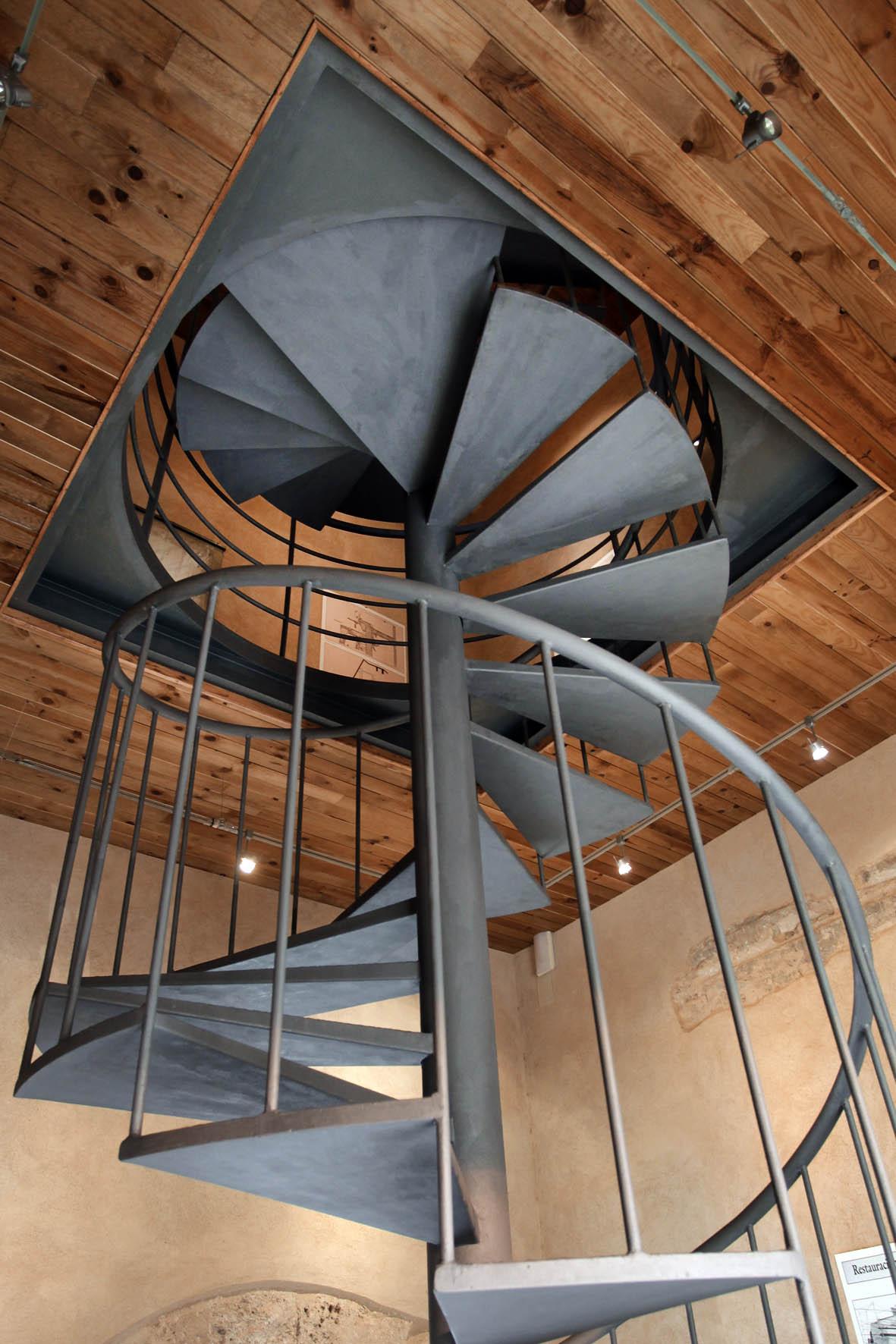 Escalera de caracol el blog de fotoandeco - Escalera de caracol prefabricada ...